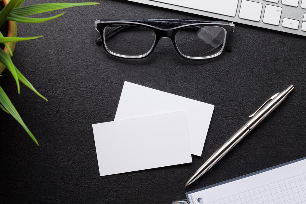 Wizytówki z okularami
